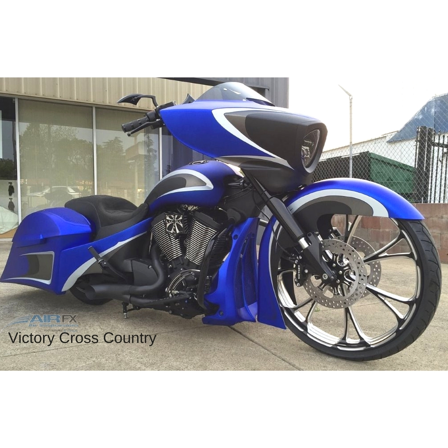 """Picture of Victory Cross Country 2010-2017 26/30"""" Wheel Bolt-on"""